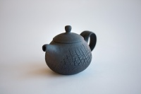 Teekanne schwarz matt Baumrindenoptik 85ml von Jiri Duchek