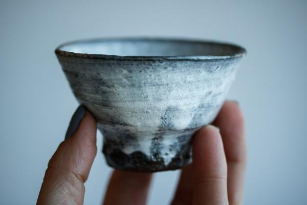 Teeschale Holzbrand grau-weiß 100ml von Martin Hanus