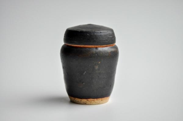 Keramikbehälter schwarz 100ml von Andrzej Bero Teedose
