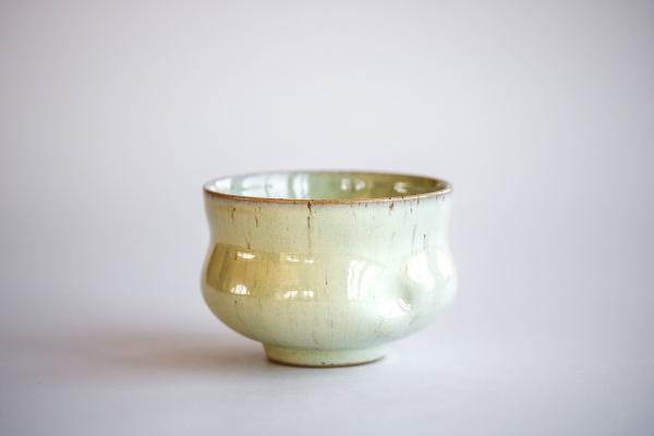Teeschale mit Griffmulden hellgrün 260ml von Franziska Köllner
