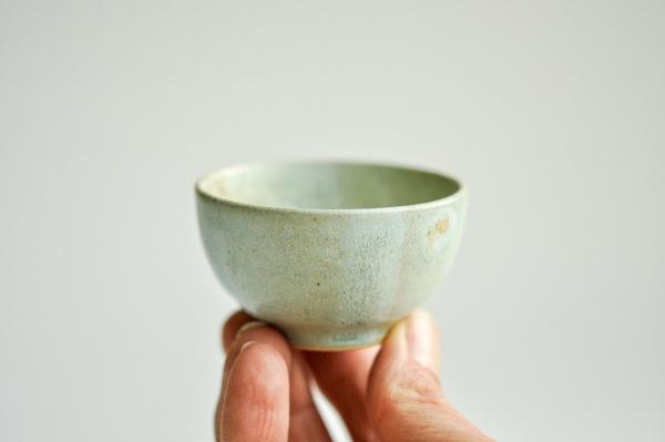 Cup 45ml mattgrün von Michiko Shida