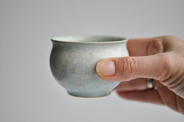 Teeschale rund 170ml mattgrün von Michiko Shida