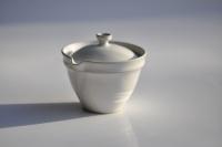 Shiboridashi konisch weiß/türkis 110ml von Michiko Shida