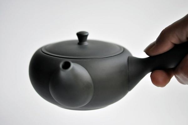Schwarze Teekanne / Kyusu 325ml aus Tokoname