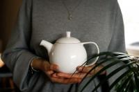 Teekanne Curve klein 0,7l Weiß