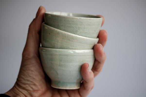 Celadon Cup 85ml von Kato Juunidai, Seladonglasur