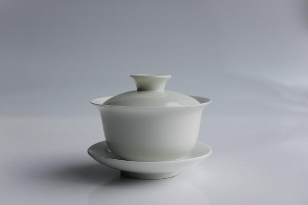 Gaiwan 180ml aus weißem Porzellan