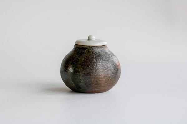 Keramikbehälter/Cha-Ire 115ml dunkelgrau von Jan Pavek