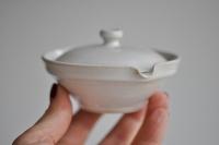 Mini Shiboridashi flach 65ml weiß/türkis von Michiko Shida