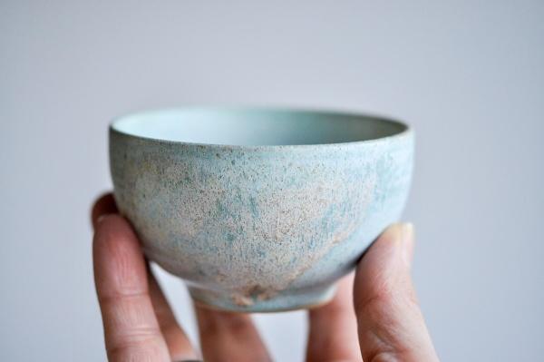 Teeschale 160ml mattgrün von Michiko Shida