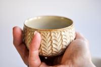 Teeschale beige mit Relief 170ml von Hanka Vrbicova