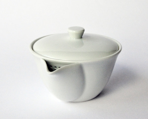 Teekanne Weiß, Houhin