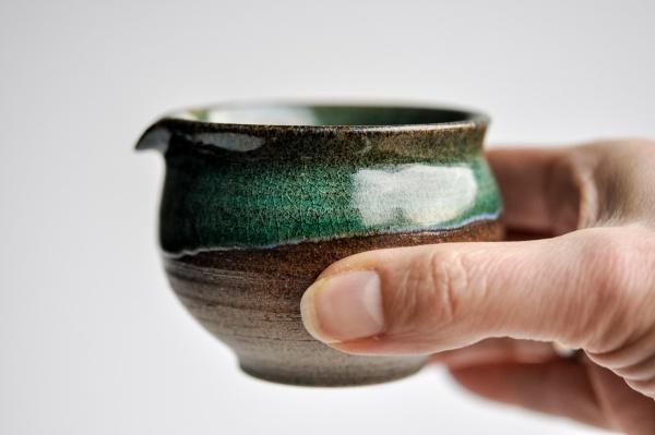 Ausschankkanne dunkelgrün 150ml von Michiko Shida, Abkühlgefäß, Pitcher, Cha Hai
