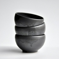 Teeschale 180ml anthrazit/schwarz matt von Michiko Shida