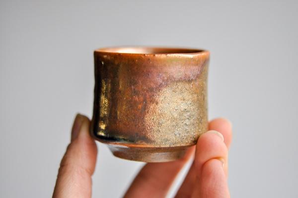 Becher 75ml Holzbrand zylindrisch von James Xie