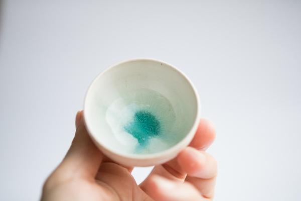 Cup 55ml weiß/türkis von Michiko Shida