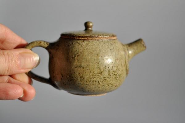Teekanne grün glasiert 100ml von Petr Sklenicka