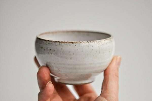 Teeschale 180ml grau/weiß von Michiko Shida