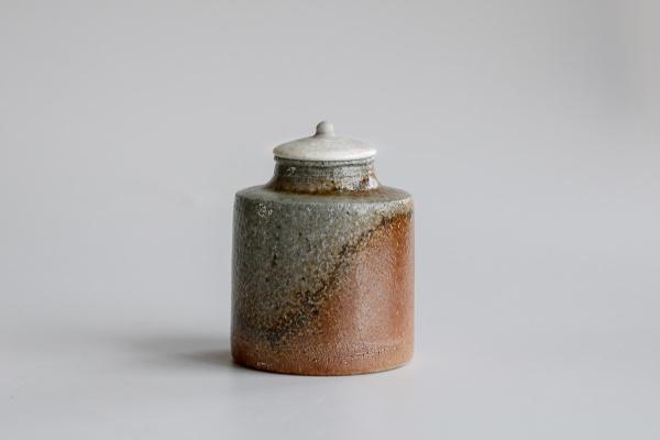 Keramikbehälter/Cha-Ire 100ml hellgrau/hellbraun von Jan Pavek