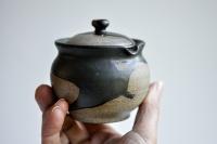 Shiboridashi rund 150ml anthrazit/schwarz von Michiko Shida