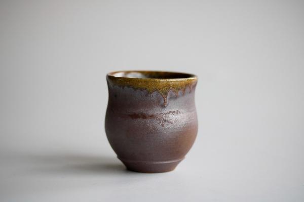 Becher 90ml Holzbrand Tulpenform von James Xie